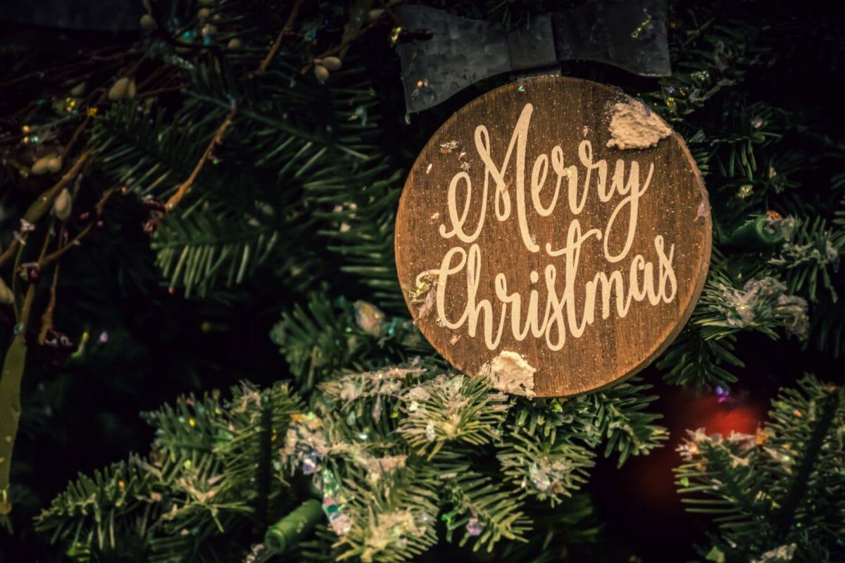 eerste en tweede kerstdag gesloten